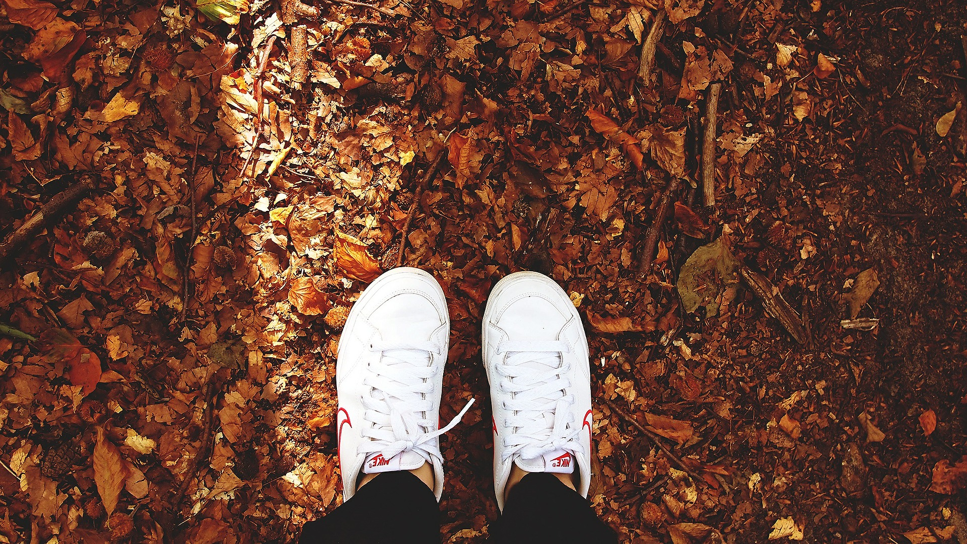 shoes-480217_1920