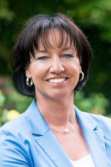 Bringt Sie und Ihr Unternehmen in hochForm: <br> Anne-Marie Glowienka